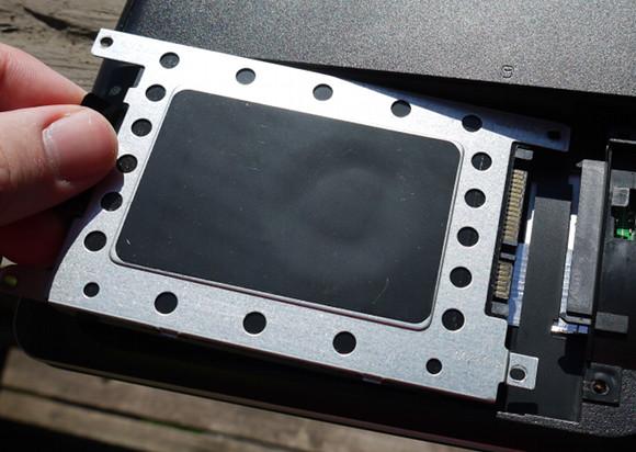 replaceharddrive2 Модернизация ноутбука